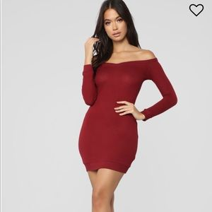 Off the shoulder red bodycon size L